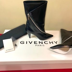 NEW 2019 Givenchy Zip Leather Boots -Sz 7.5